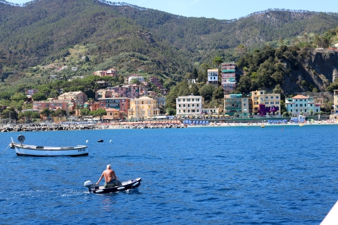 Monterosso and the smallest dinghy in the world