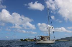 Scehawk anchored at Sandy Island